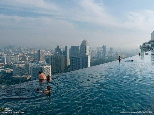 Бассейн на крыше Marina Bay Sands, Сингапур