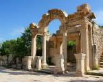 храм-Адриана-эфес1
